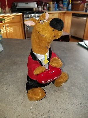 "Singing Scooby Doo Valentines Plush ""Why Do Fools Fall In Love"""