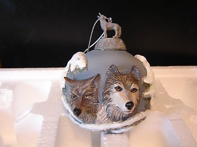 Wolf Ornament Bradford Eyes of The Wild 1999 - Eyes in The Shadows