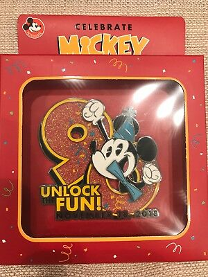Disney Celebrate Mickey's 90th Anniversary Jumbo Passholder Pin LE 2000 New