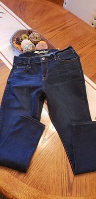 Old Navy Women's Size 10 Short 'The Sweetheart' Fit Stretch Denim Skinny Jeans