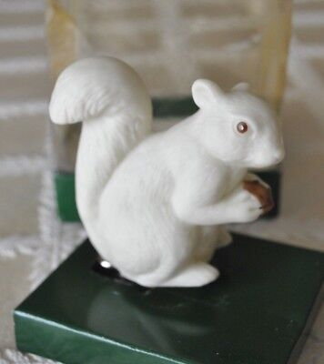 Dept. 56 Bisque Clip-On Ornament, Squirrel lights up when placed over mini light