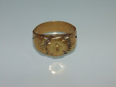 Vintage Antique 1920's Victorian Brass Gold Tone Signet Flower Ring US Size 8