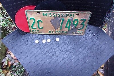 1972 MISSISSIPPI LICENSE PLATE  (2c-7493) .......BAD.CONDITION