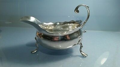 Q 1760 Georgian solid silver wide bellied sauce boat fully hallmarked