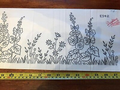 Large Vintage Deighton iron on embroidery transfer border E542