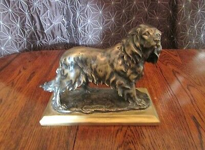 Nice bronze Sculpture of a Springer Spanial ..........Signed Indistinctly.