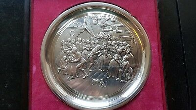 """BIRMINGHAM MINT STERLING SILVER CHRISTMAS PLATE 1975. 200 Grms. 8"""""""