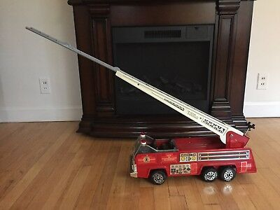 Tonka Fire Rescue Aerial Unit 2 Extension Ladder Truck Pressed Steel Works VG