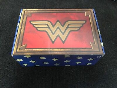 Wonder Woman DC World's Finest Collection Box Crate Culture Fly NEW Size L
