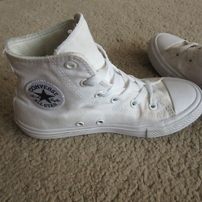 Converse Girls Boys Chuck Taylor White All Star High Tops Trainers Shoes uk 1