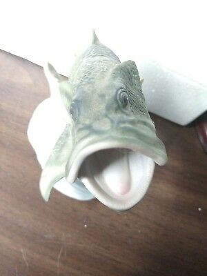 Homco Masterpiece Porcelain LARGEMOUTH BASS FISH  - 1988