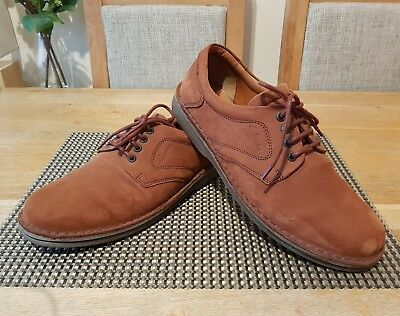 Clarks Shoes Mens Size Uk9.5 Genuine Good Condition