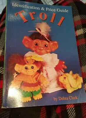 Troll Identification & Price Guide Book By Debra Clark - 1993 EUC