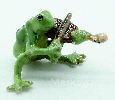 Figurine Animal Ceramic Statue Green Frog Playing Violin Musical - FG002-3
