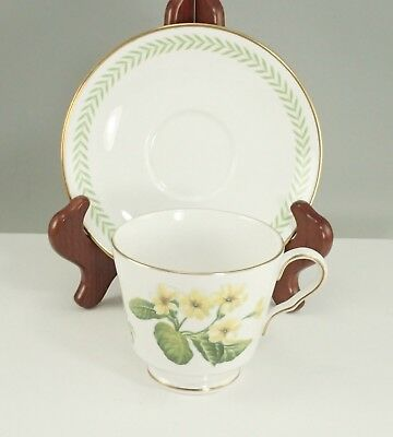 Spode Country Lane Y8250-A English Bone China Tea Cup Teacup & Saucer