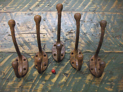 5 x coat hooks rusty and battered look - new