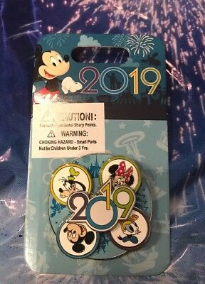 Walt Disney World 2019 Spinner Pin New OE Pin Mickey Minnie Donald Goofy