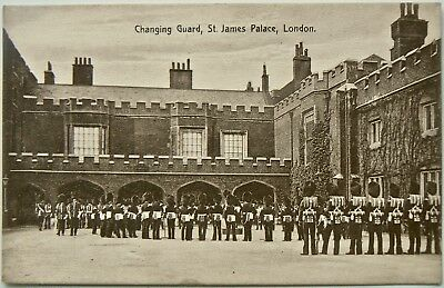 POSTCARD:CHANGING GUARD AT St.JAMES PALACE.PUBLISHED BY THE MUCHMORE ART Co.