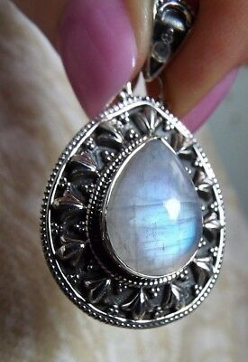 TOP-GRADE * MOONSTONE PENDANT * .925 Solid Sterling Silver
