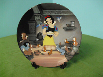 Vintage Walt Disney's SNOW WHITE - Knowles Art Collector Plate - A Special Treat