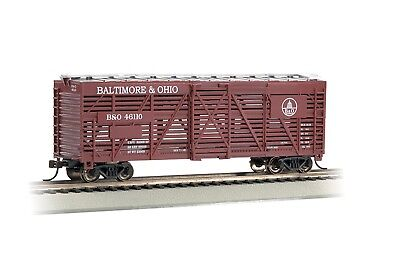 BACHMANN SILVER SERIES PREMIUM HO SCALE ROLLING STOCK 40/' STOCK CAR B/&O 18512