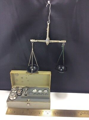 Vintage Balancing Scale with Weights 1982