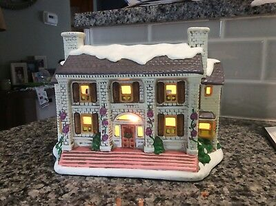 Lefton Christmas Village light up Victorian House #06902