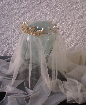VINTAGE BRIDAL CIRCLET OR HEADDRESS in Waxed Flowers, 1930/40s, Weddings