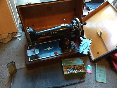 Classic Antique Hand Crank Singer Sewing Machine Model 201K With Accessories
