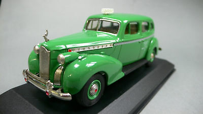 Packard Super 8 1940 Checker Cab Co. Taxi Rextoys