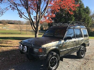 1997 Land Rover Discovery  Amazing time capsule! 1 Owner, *NO RUST*, 5 speed, no S/R's, cloth manual seats!