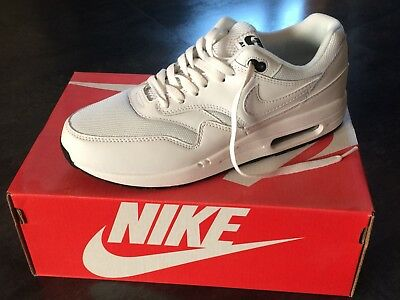finest selection a678e 8c99a Basket Nike Air Max 1 Essential Taille 43 Neuf