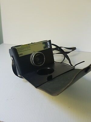 Vintage Kodak instamatic 233-X film camera remote lens special case great cond