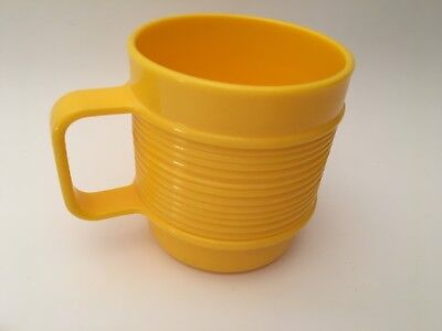 Vintage Rubbermaid Yellow Ribbed Replacement Coffee Camping Mug Cup Plastic