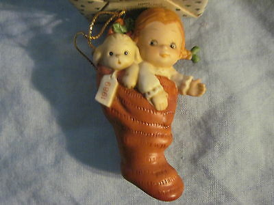 ENESCO 1989 A SURPRISE FOR SANTA Ornament STOCKING Memories of Yesterday