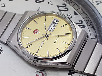 Vintage Rado Voyager Automatic Day Date Men's Yellow Dial.