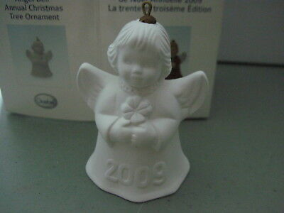 2009 Goebel ANGEL BELL ORNAMENT White Bisque with Clover in Box