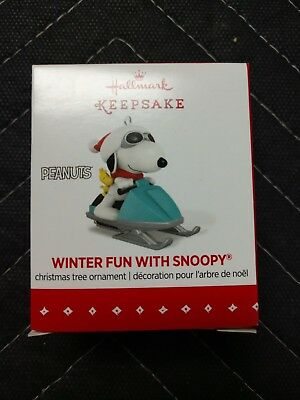 Hallmark Winter Fun with Snoopy 2015 - New