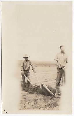 FARMERS PLOWING FIELD w/HORSE DRAWN PLOW OLD/VINTAGE PHOTO-SNAPSHOT-x2639