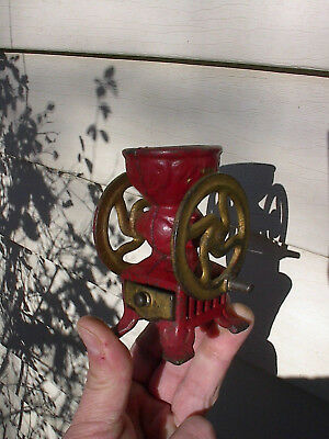 OLD SMALL c.1900 ANTIQUE CAST IRON TOY COFFEE MILL GRINDER w/DRAWER