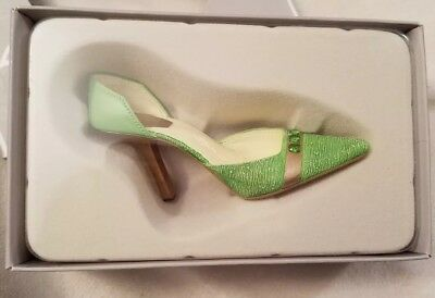 Just The Right Shoe Positively Peridot August Box Included
