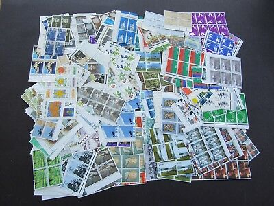 Ireland - Superb Mnh Collection In Blocks 4/10 - Apx 500 Sets - Pristine