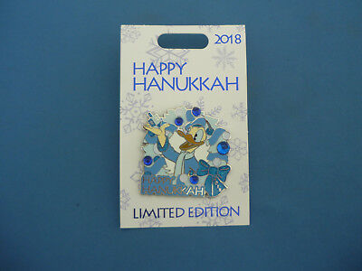 HAPPY HANUKKAH   Disney pin 2018  DONALD  Limited Edition New HARD TO FIND