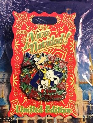 Disney Viva Navidad 2018 Goofy & Wreath With Poinsettias Pin LE 2000 New