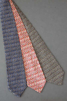 Lot 3 - Gin & Tonic - Cocktail Collection Tie Necktie