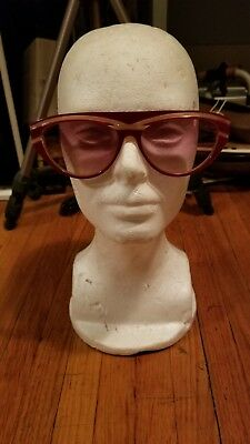 Red Colors in Optics Vintage Womens Small Sunglasses