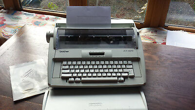 Brother AX-425 Electric Typewriter with manual - working order - barely used