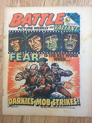 BATTLE PICTURE WEEKLY 19 Mar 1977 - classic boys' war comic - includes Valiant