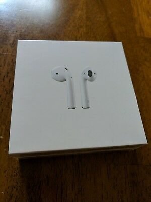 New Apple AirPods - White MMEF2AM/A Genuine Airpod Retail Box Sealed New