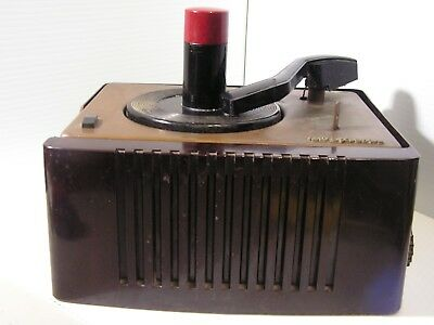 Vintage RCA Victor Record Player Model 45-ey-2 For Parts/Repair  Motor Runs Amp